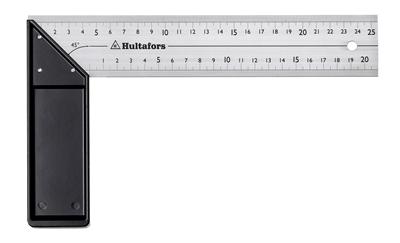 Winkelhaak met aluminium blok en millimeterschaalverdeling op de bovenste en onderste rand van het blad. Het blad is gemaakt van roestvrij staal en is 1,5 x 45 mm groot. Het blok is gemaakt van geanodiseerd aluminium, met een 18 mm breed gewalst oppervlak. De schaalverdelingen zijn diep in het staal geëtst en zijn zeer slijtvast.