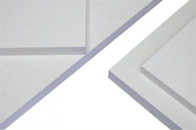 PROMATECT®-100 is een mineraal gebonden, vezelversterkte, calciumsilicaatplaat, gebaseerd op de PROMAXON® -technologie, met een glad oppervlak en lichtgrijs van kleur. Voordelen * Onbrandbaar * Goed isolerend en stabiel bij blootstelling aan vuur * Gemakkelijk bewerkbaar * Sterk en vochtstabiel * Kan gebruikt worden in gebogen constructies * Bruikbaar in binnenomstandigheden * Mooi glad oppervlak Toepassingen Brandwerend compartimenteren van wanden, vloeren en plafonds Renovatiebouw